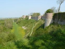 Les remparts de Montreuil.