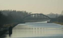 Les ponts sur le canal.