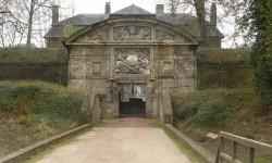 La porte Dauphine.